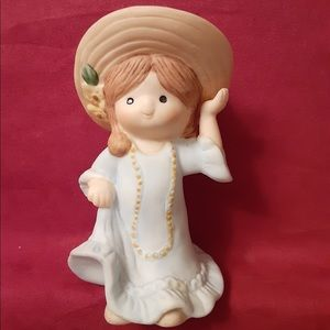 Vintage Little Country Girl Figurine